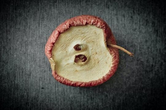 disturbi alimentari mela raggrinzita